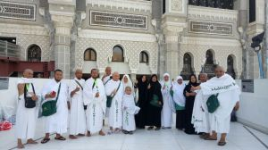 April 2018 UMROH REGULER 25 APRIL 2018 28 whatsapp_image_2018_05_01_at_9_12_12_pm